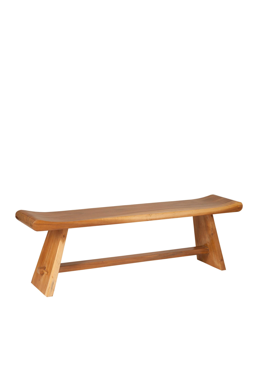 Masivní lavice suar