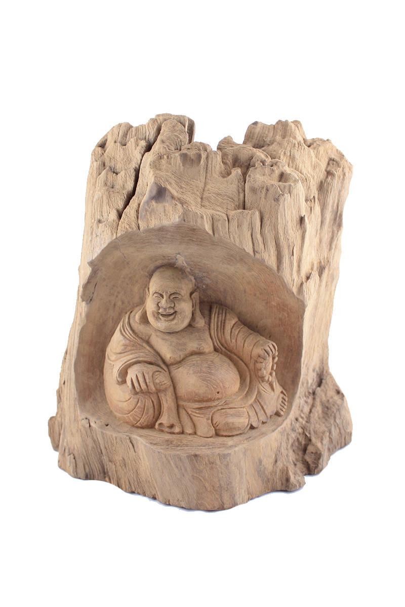 Buddha-ze-dřeva-v-kořenu