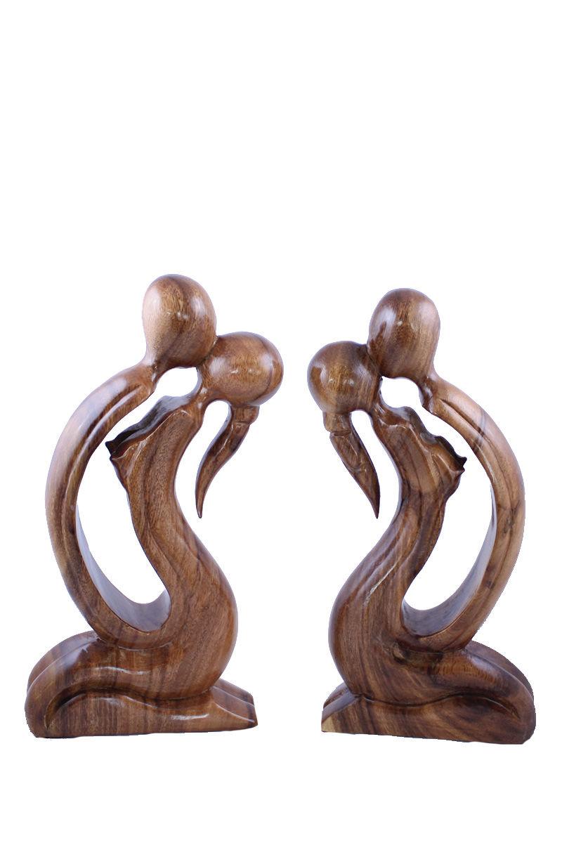dřevěné-sošky-milenci.jpg