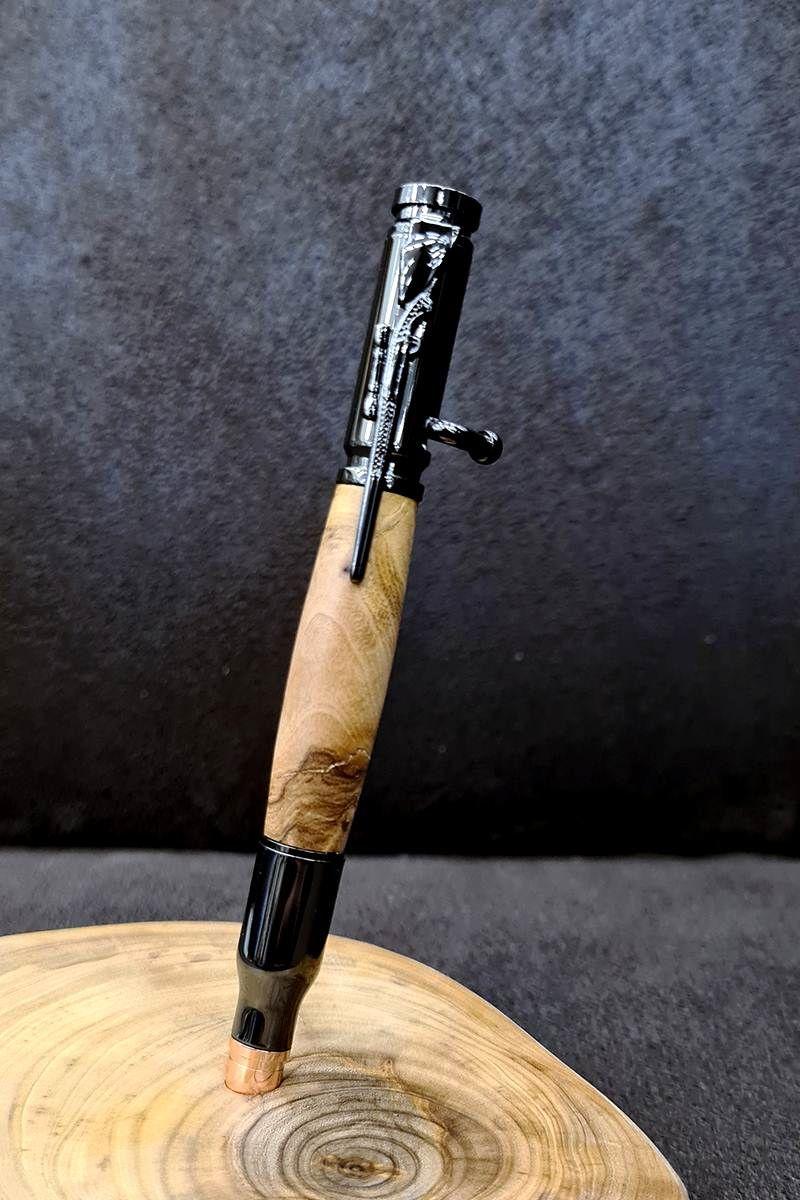 luxusné-pero-z-olivy-v-tvare-pušky-detail1.jpg