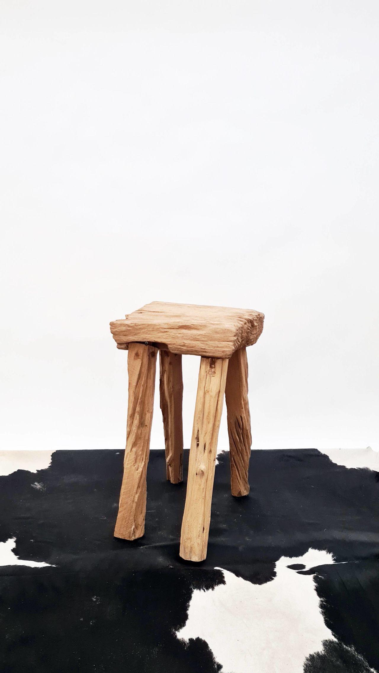 malá čtyřnohá zahradní stolička2.jpg